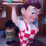 Hamburger restaurant statues - Big Boy