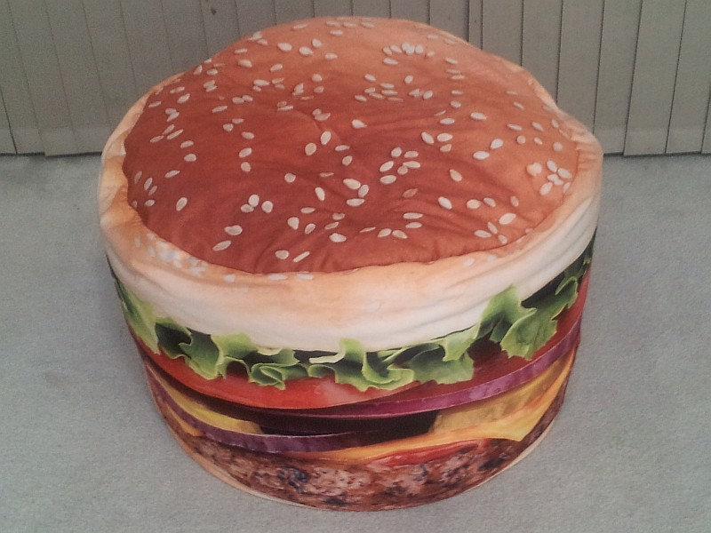 Merveilleux Burger Bean Bag Chair