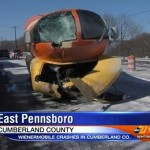 cbs news report about crashed Oscar Meyer Weiner Mobile